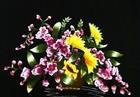 Tranh theu chu thap, tranh da quy, tranh dong: Lẵng hoa